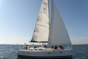 Enjoy the pleasures of the sea on a comfortable yacht while sailing across the Bay of Tallinn.