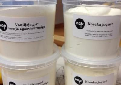 Dairy farm yoghurt